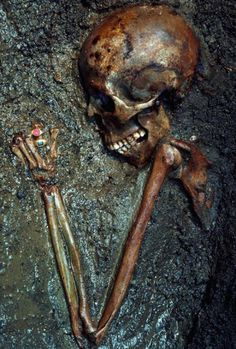 """A skeleton called the """"Ring Lady"""" was unearthed in Herculaneum, an ancient town in Rome that was destroyed by volcanic hot gas & rock flow in 79 A.D. (Source)"""