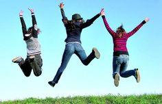 Estudar faz pessoas serem mais felizes e viverem mais, diz pesquisa