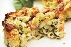 chicken cheddar macaroni bake Casserole Recipes, Pasta Recipes, Baking Recipes, Chicken Recipes, Dinner Recipes, How To Cook Pasta, How To Cook Chicken, Cheddar, Creamy Mac And Cheese