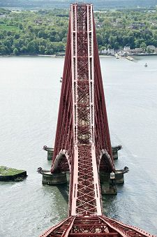 Central Cantilever from the North the Forth Bridge