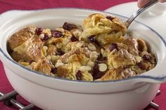 If you haven't tried making bread pudding with fresh croissants yet, then you don't know what you're missing. This bread pudding is so rich and creamy!