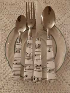 Music Note Cutlery Set. #music #cutlery http://www.pinterest.com/TheHitman14/music-paraphenalia/