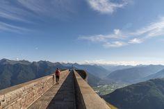 Monte Tamaro - Monte Lema: Höhenwanderung im Tessin - Wandertipps Road Trip, Places To Visit, To Go, Mountains, Nature, Travel, One Day Trip, Switzerland, Hiking
