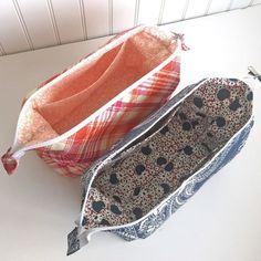 FREE Pattern! The Retreat Bag is a simple zippered pouch with a wide base and a wide structured opening. Download it for free today and get sewing!