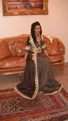 without the print Caftans, Formal Wear, Sari, Fancy, My Style, How To Wear, Fashion, Kaftans, Saree
