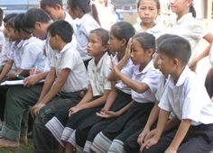 Testing the vision of school children in a Sight For All survey in Laos