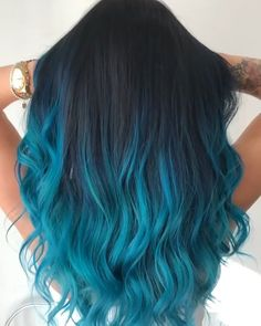 is the artist Pulp Riot is the paint. is the artist Pulp Riot is the paint. Cabelo Ombre Hair, Blue Ombre Hair, Ombre Hair Color, Blue Dip Dye Hair, Blue Hair Dye Colors, Turquoise Hair Color, Light Blue Hair, Pretty Hair Color, Beautiful Hair Color