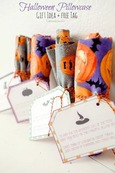 Fun gift idea for Halloween!  Halloween inspired pillowcases with free printable tags!