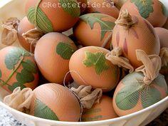 OUA VOPSITE NATURAL - Rețete Fel de Fel Activity Games, Activities, Fine Dining, Paste, Easter Eggs, Food, Mariana, Kitchens, Essen