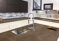 Keramikplatten sind die beste Möglichkeit eine schöne und robuste Oberfläche zum Arbeiten zu schaffen.  http://www.granit-deutschland.net/keramikplatten-innovative-keramikplatten