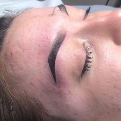 """London Aesthetics Clinic on Instagram: """"#ombré #eyebrow#microblading#london#aesthetics #clinic #video"""" Microblading London, Clinic, Eyebrows, Instagram, Eye Brows, Brows, Brow, Eyebrow, Arched Eyebrows"""