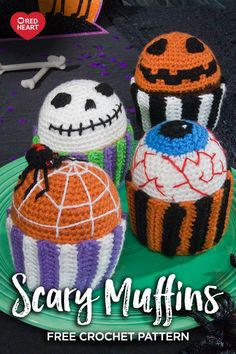 Halloween Patterns to Crochet – 30 free patterns from Red Heart yarn Crochet Gratis, All Free Crochet, Cute Crochet, Irish Crochet, Halloween Crochet Patterns, Easy Crochet Patterns, Halloween Knitting, Homemade Halloween, Halloween Crafts