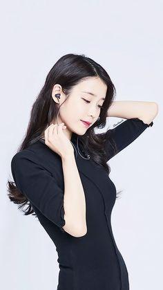 Iu as jihyun Korean Girl, Asian Girl, Asian Woman, Iu Fashion, Korean Fashion, Korean Beauty, Asian Beauty, Best Female Artists, Stylish Photo Pose