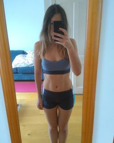 Stereophonics Apologies for the terrible quality but when @luciaabb tagged me for #morningabs it reminded me that I lost my old phone and all my progress pics which sucks. So I decided to snap a quick #accountability post. Tagged girls if you want to (!) time for a #progresspic  . #bbgprogress #summeriscoming #thekaylamovement #BBG #fitness #fitfam #girlswholift #eatcleantraindirty #eatbetternotless #girlswithmuscle #girlgains #fitlondoners #bbglondonsquad #getfitlondon #movenourishbelieve…