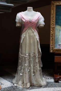 Pink and cream silk evening dress with embroidered metallic net overlay and train. Callot Soeurs, Paris around 1907