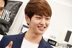 Onew Shinee Onew, Life Is Good, My Life, Lee Jinki, Love Me Forever, Shining Star, Kid Names, Role Models, Korea