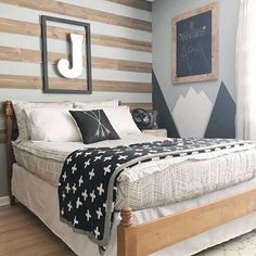 Our Sketched Beddy's is such a great option if you're looking for a neutral color. The texture of the print adds to the design and we just love it! Also, can we talk about how cool this awesome room is from . - Home Decor Big Boy Bedrooms, Boys Bedroom Decor, Girls Bedroom, Boys Bedroom Ideas Tween, Boys Room Ideas, Bedroom Furniture, Teen Boy Rooms, Kid Furniture, Rooms For Boys