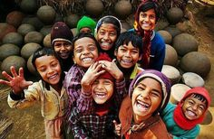 Image about love in Smile,Happy,Laugh by اسّــماءٌ Kids Around The World, We Are The World, People Around The World, Happy Smile, Smile Face, Make You Smile, Happy Faces, I'm Happy, Precious Children