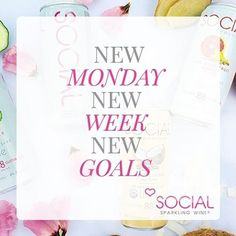 Monday isn't something to dread, embrace it!  It's the start of a great new week!  Let's CHEERS to that!!🥂💕  #liveSOCIAL & #drinkCLEAN  #cannedwine #wineinacan #SOCIALSunday #sparklingwine #organic #lowcarb #lowsugar #wine #qoutes #winetasting #glutenfree #sulfitefree #organicwine #winelover #winenight #winetime #winestagram #winelovers #quotestoliveby #cleandrinking #wineoclock #winenot #organico #organicfoods