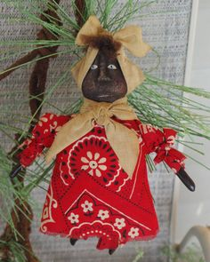 Primitive Christmas Ornaments..cute.jean this would be cute on the tree this year