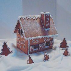 Christmas Themes, Christmas Crafts, Xmas, Dinosaur Cake, Fondant Tutorial, French Food, Fancy Cakes, Christmas Inspiration, Themed Cakes