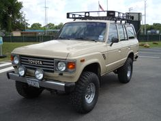 I love this color..  1985 fj60