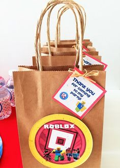 Roblox-logo inspired tags, perfect to glue onto your favorite party favor bags or boxes! Six per pack -- Bags NOT included Printed on tree-free, PCW recycled paper. Roblox Birthday Cake, Roblox Cake, Roblox Gifts, Lego Birthday Party, 8th Birthday, Roblox 5, Birthday Ideas, Diy Halloween, Costume Birthday Parties