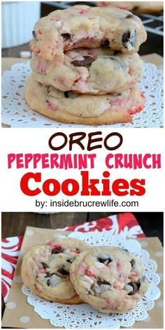 This easy peppermint Oreo cookie cake mix, a stick of butter, and an egg. adding some peppermint extract, Oreo cookies, and peppermint crunch pieces. Köstliche Desserts, Delicious Desserts, Yummy Food, Healthy Desserts, Healthy Recipes, Vegetarian Recipes, Fun Recipes, Recipes Dinner, Healthy Foods