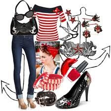 What a fantastic, glamourous Rockabilly outfit! Love the accessories!  #Rockabilly #RockabillyRompin' #fashion