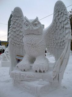 "This intricate snow sculpture of an owl won the Siberian Snow Sculpture Festival in Novosibirsk, Russia in See more incredible sculptures that'll give you goosebumps with ""Mother Nature Network"". Snow Sculptures, Art Sculpture, Winter Fun, Winter Time, Sculpture Romaine, Ice Art, Ice Castles, Snow Art, Snow And Ice"