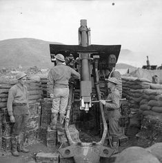 A of 266 Battery, Field Regiment in use as a mortar near San Clemente, 2 December 1944 Canadian Horse, Canadian Soldiers, Canadian Army, Canadian History, British Army, Italian Campaign, Ww2 Pictures, Killed In Action, Prisoners Of War