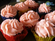"""Meatloaf """"Cupcakes"""" with Mashed Potato """"frosting"""" - the kids loved these for our April Fools Day dinner!"""