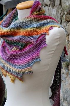 I Really enjoyed this scarf made knitting yarn patterns. colorful and very stylish. | Crochet Patterns