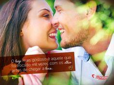 """""""O beijo mais gostoso é aquele que foi trocado mil vezes com os olhos antes de chegar a boca."""" #beijo #DiaDoBeijo"""