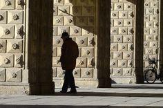 Bologna - Portici del Palazzo del Podestà by Massimo Battesini, via Flickr