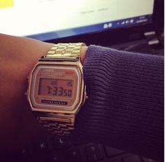 2013 fashion business dress gold watch vintage gold watch men women classisc silver watch   $16.00 - 16.89 Vintage Gold Watch, Vintage Watches, Hand Watch, Business Dresses, Vintage Branding, Gold Dress, Wristwatches, Business Fashion, Casio Watch