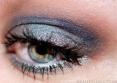 Urban Decay Vice 3 Palette Tutorial: Neutral Blues