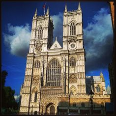 Westminster Abbey  tube Westminster adult/child £18/8, verger tours £3 9.30am-4.30pm Mon, Tue, Thu & Fri, to 7pm Wed, to 2.30pm Sat