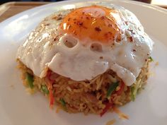 Nasi Goreng, Indonesian Fried Rice Recipe Practical recipes video recipe – The Most Practical and Easy Recipes Healthy Indian Recipes, North Indian Recipes, Veg Recipes, Curry Recipes, Asian Recipes, Vegetarian Recipes, Chicken Recipes, Ethnic Recipes, Indonesian Fried Rice Recipe