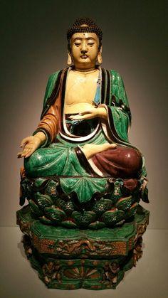 Ming Dynasty Buddha, C.E China. San Francisco Art Museum, pinned by thegiftoflife Buddha Zen, Gautama Buddha, Buddha Buddhism, Buddhist Art, Buddha Peace, Buddha Wisdom, Religion, San Francisco Art Museum, Buddhist Philosophy