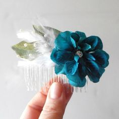 Teal Flower Hair Accessories Fabric Flower Combs with Feathers Teal Wedding Hair Combs for Bridesmaids Winter Weddings
