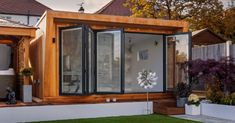 Pinnacle garden rooms from Green Retreats are insulated for year-round use. The Pinnacle is available from including base, installation & VAT. Container Cabin, Garden Buildings, Garden Office, Room Set, Organic Gardening, Bungalow, Tiny House, Lounge, Outdoor Decor