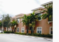 Rent: $1450/month    call for showing 561-327-4092