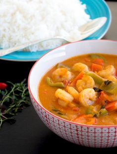Thai Red Curry, Lunch, Ethnic Recipes, Food, Cilantro, Red Peppers, Lunches, Meals, Yemek
