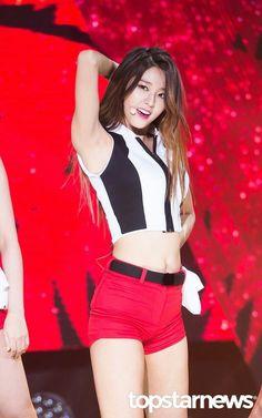 Seolhyun armpit #kpoparmpit #underarm #femalearmpit
