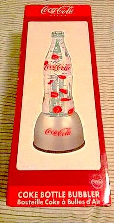 Coke Got it! Coca Cola Life, World Of Coca Cola, Coca Cola Addiction, Coke Machine, Best Soda, Coca Cola Kitchen, Cola Cake, Always Coca Cola, Vintage Coke