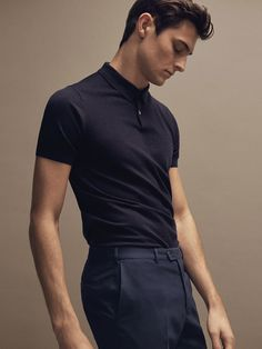 Discover the latest Massimo Dutti clothing, shoes and accessories for women, men or kids from the Spring/Summer 2019 collection. Urban Outfits, Casual Outfits, Rock Outfits, Emo Outfits, Stylish Men, Men Casual, Mens Golf Fashion, Business Dress, Mens Attire