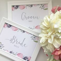 披露宴や二次会受付時に案内用として置きたい受付サインです♡ピンクのお花柄が春らしい、ふんわりとしたデザインです(ˊ•◡•ˋ)新郎用(GROOM)新婦用(BRIDE)2枚1セットでお届けします♡フレームはつきませんので、お好みのものであわせてみてください★...