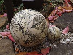 2er Set GartenKugel SchmuckKugel Original Keramik  von Elfenflüstern ® auf DaWanda.com