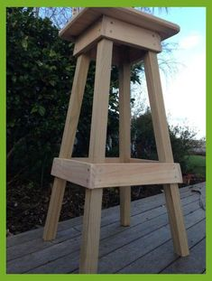 Easy Build Shop Stool This base could work for tables